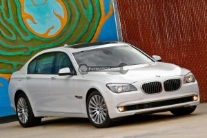 BMW Series 7 Sedan 2012 300x200 دفترچه راهنمای بی ام و سری 7 سدان مدل 2012
